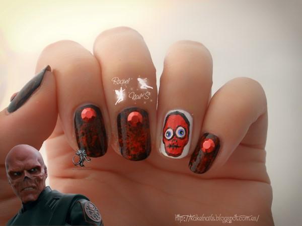 Red Skull nail art