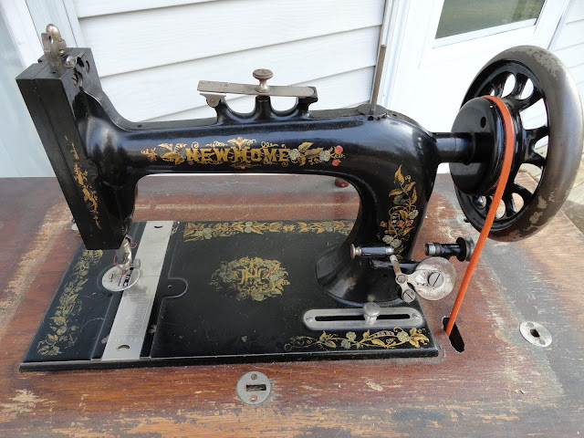 New Home Light Running Sewing Machine Shuttle