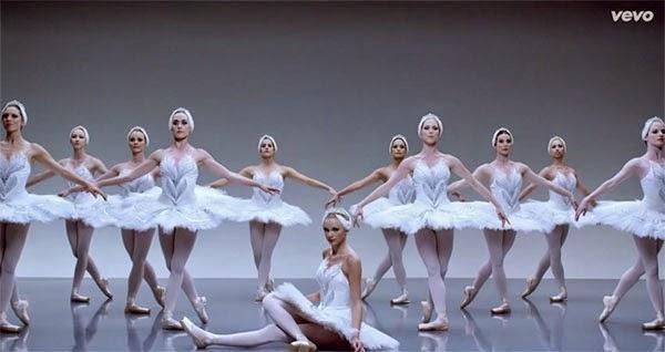 Taylor Swift 'Shake It Off'