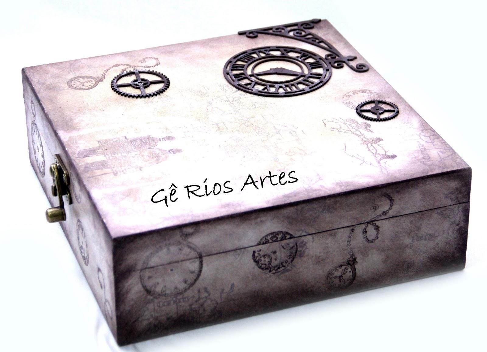 Gê Rios Artes Artesanato em tecido madeira e cartonagem: Porta  #6A5774 1600x1156