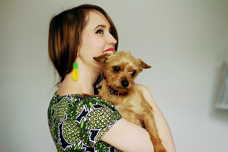fashion blogger emily divine uk tiny dog