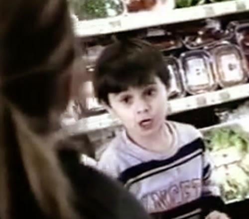 Campanha da Sustagem para o ano de 2004 que aborda de forma inteligente a alimentação infantil.