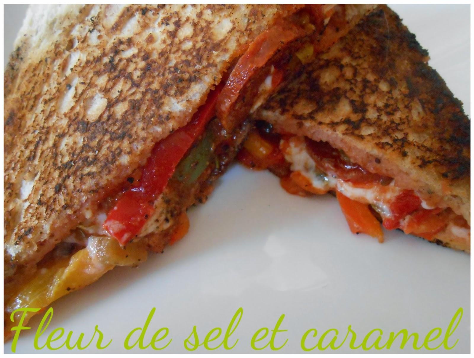 Croque-monsieur chèvre, chorizo et poivrons à la tomate