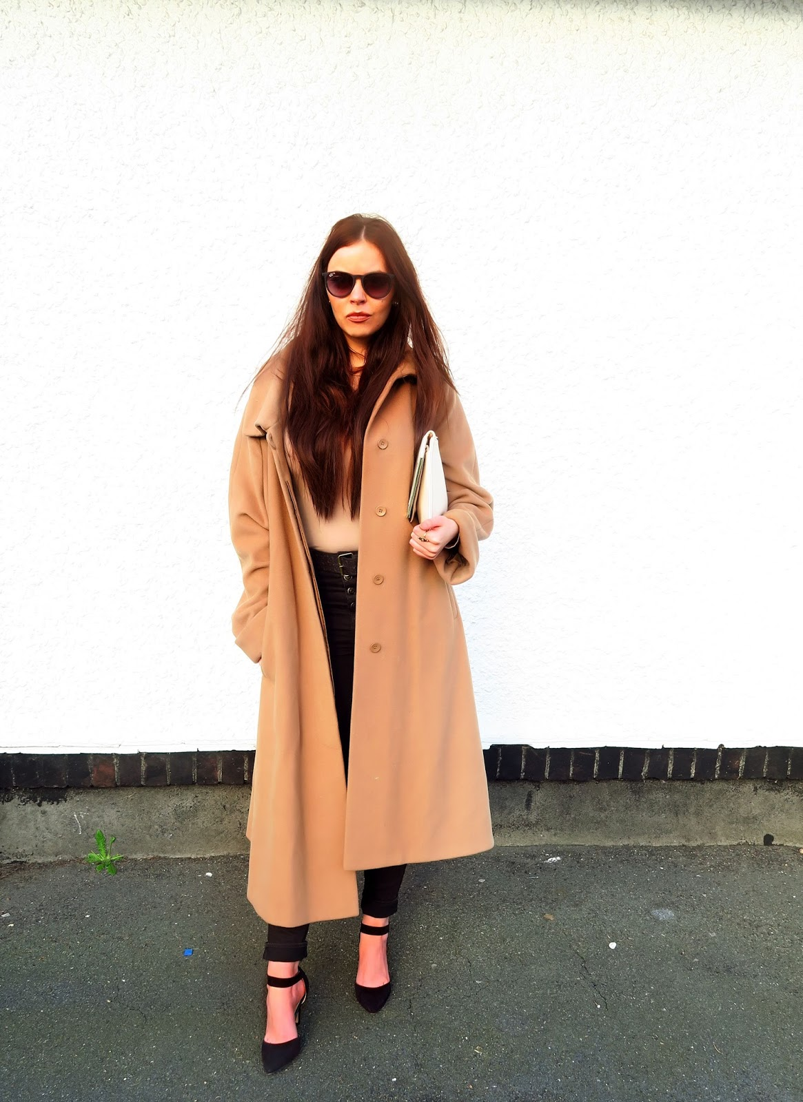oversized-camel-coat-style @ hayleyeszti