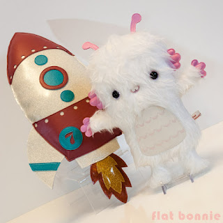 FlatBonnie-Space-Alien-Rocket-Stuffed-Animal-for-Deep-Space-Art-Show-Giant-Robot
