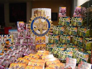 Algunso de los Regalos donados por rotary Club de Béjar