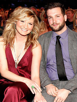 Country singer and ABC's 'Duets' star, Jennifer Nettles (and my families ...