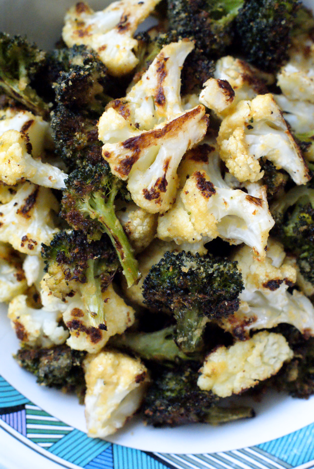 Hummus Roasted Broccoli and Cauliflower | thetwobiteclub.com