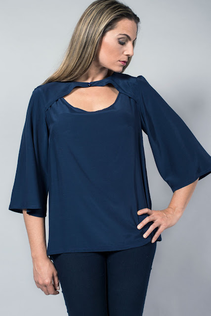 blusa sexy azul oscuro
