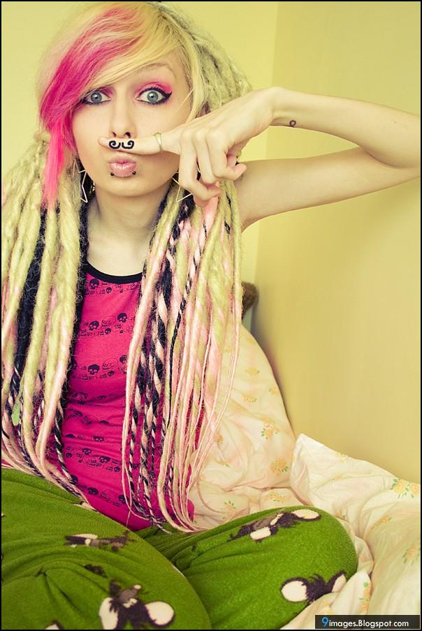 Emo Girl Fashion Cute Hair Style