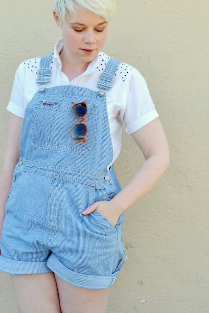 summer style, shorts, denim, GAP, in style, fashion, blonde, fleur d'elise, trendy, vintage