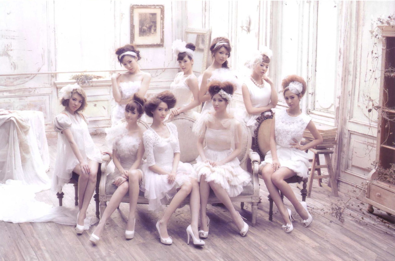 Art Work Japan: 少女時代 - GIRLS GENERATION JAPAN 1st ALBUM