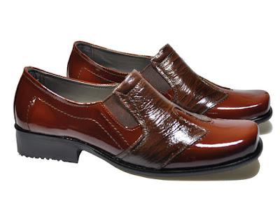 Sepatu Kantor Kulit Cibaduyut Pria