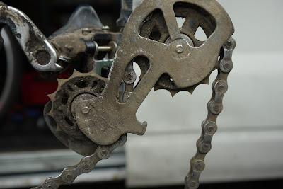 Worn+jocky+wheels.JPG