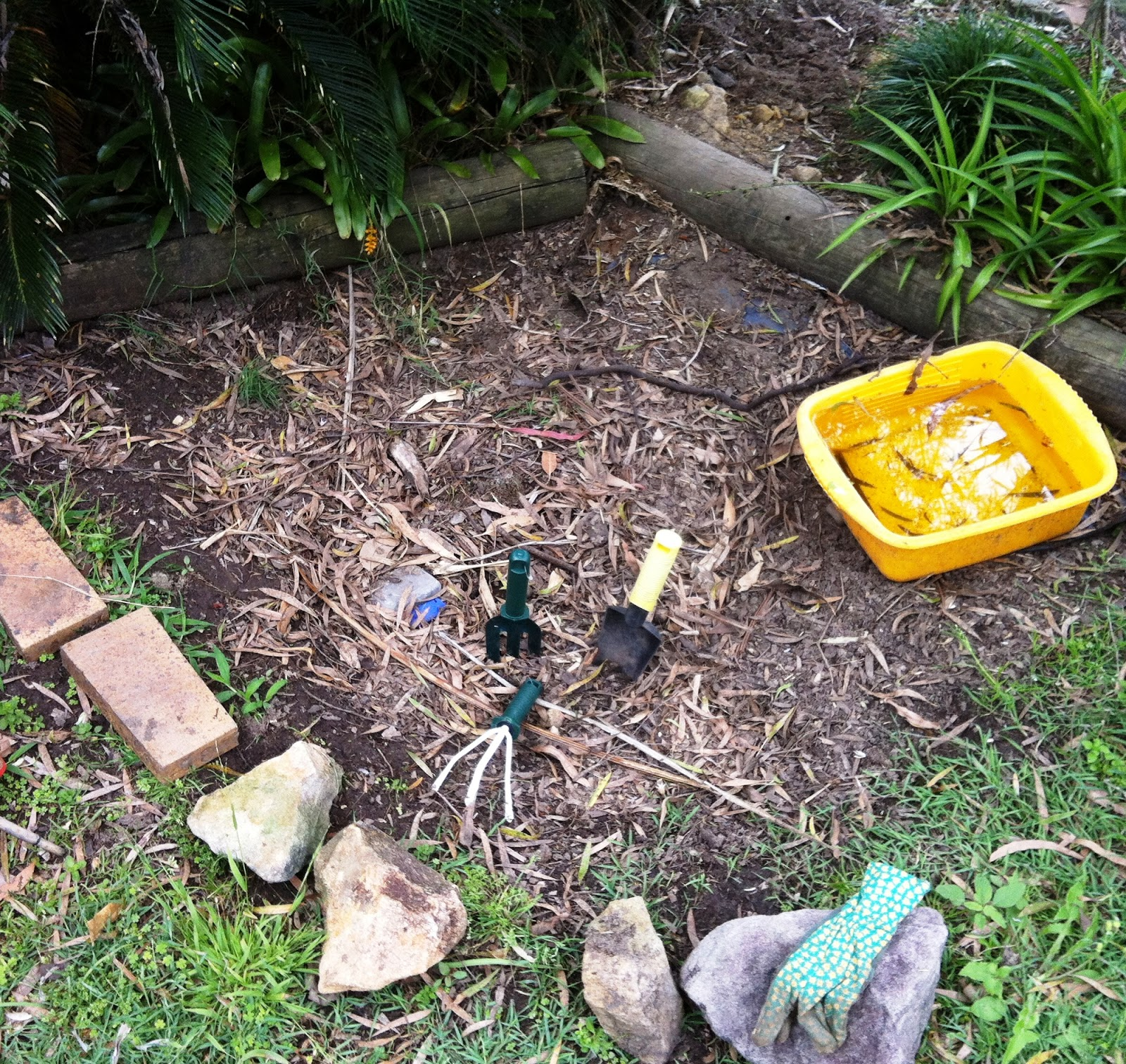 let the children play simple ways to create a backyard for play