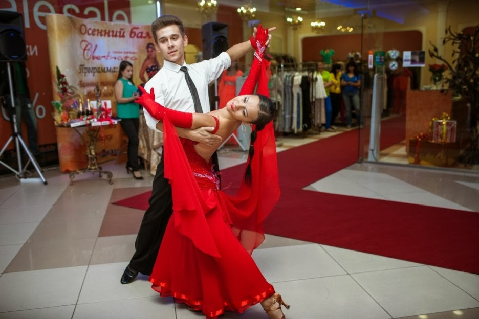 Праздничное агентство «FIESTA» в Волгограде и Волжском: Танцевальная пара на праздник в Волгограде и Волжском