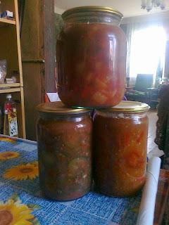 Огурцы в чесночном соусе