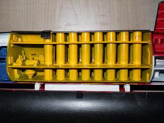 silos de misiles polaris en el submarino SSBN Andrew Jackson