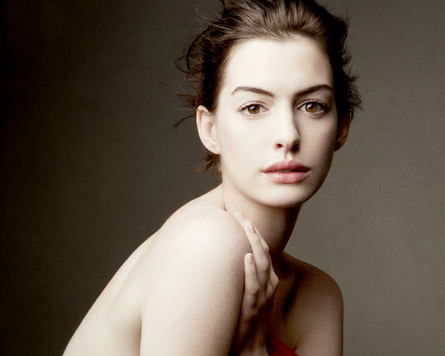 anne_hathaway_wallpapers_448945218945211111132