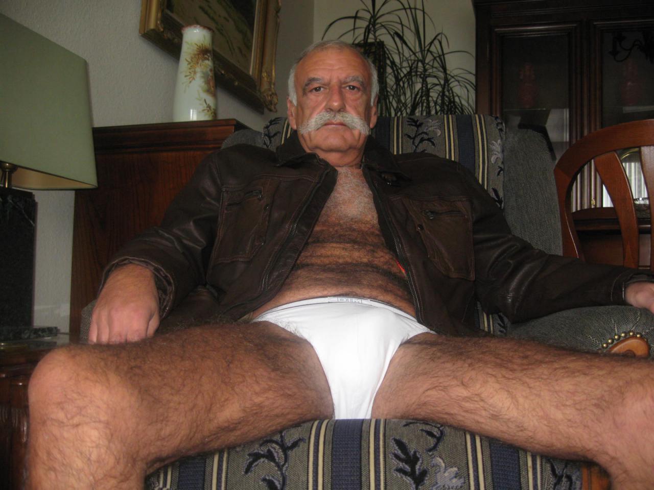 Gay Hairy Bears Older Men