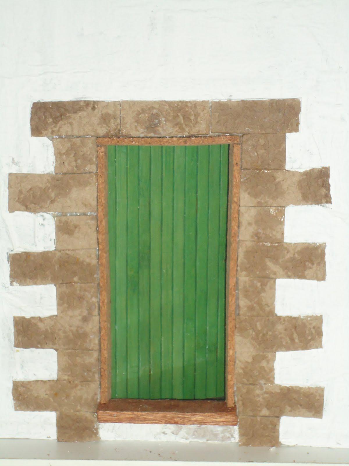 casas de muñecas: decoracion de fachada,ventanas y puerta