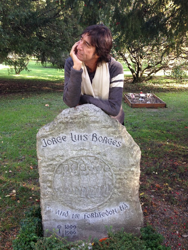 En la tumba de Borges, en Ginebra
