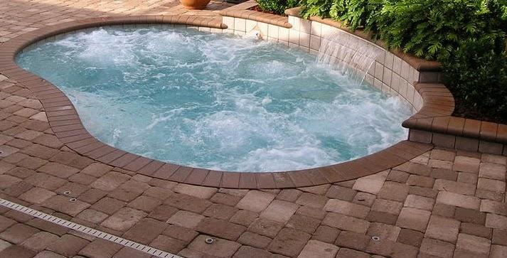 8 desain kolam mini oval kontraktor kolam renang dan