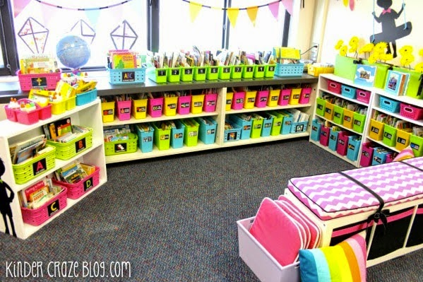 a beautiful and well organized kindergarten classroom library. I love the bright colors!