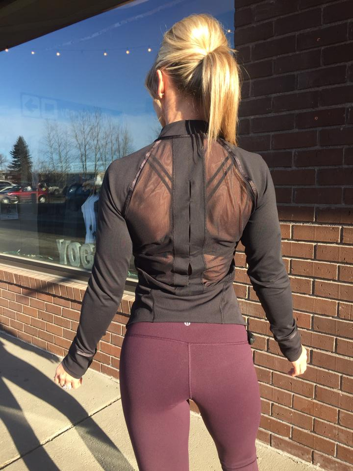 lululemon black-cherry wunder-under-crop