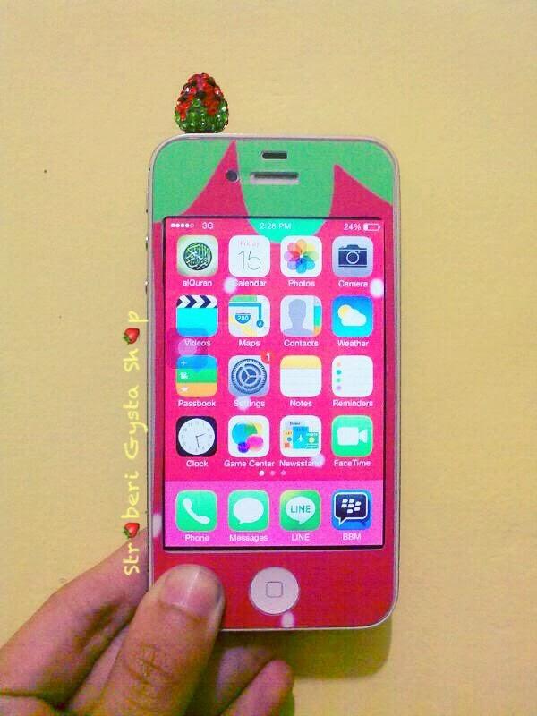 Stroberi Gysta Shop: Strawberry Phone Accessories