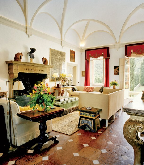 Loveisspeed the decadent italian interiors of for Italian villa interior