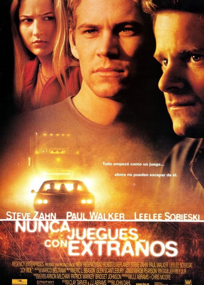 Nunca Juegues Con Extraños (2001)