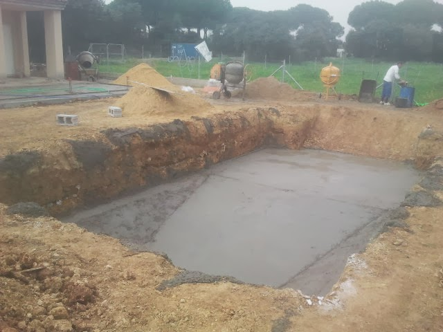 Oferta de piscina de construcci n for Construccion de piscinas de hormigon armado