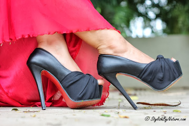 Red dess and black heels