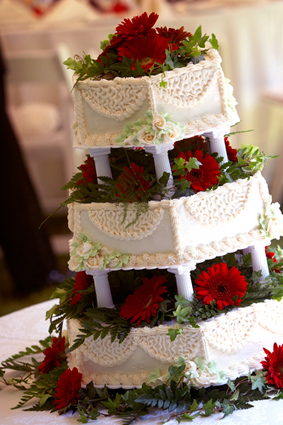 Christmas Wallpapers And Images And Photos Christmas Wedding Cake Images Christmas Wedding