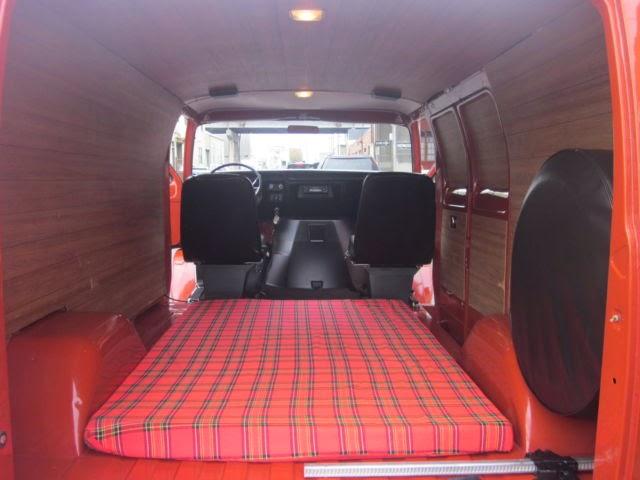 Daily Turismo 10k Canned Van 1977 Dodge Tradesman B200
