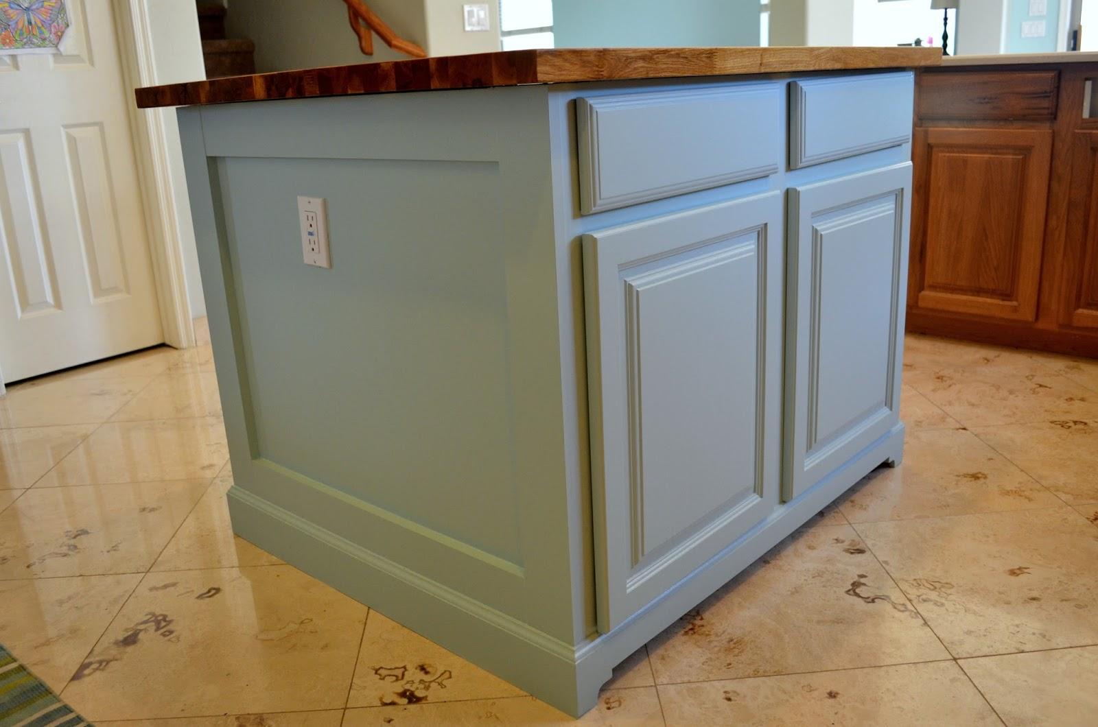 Kitchen island molding 28 images inimitable corner - Kitchen island decorative trim ...