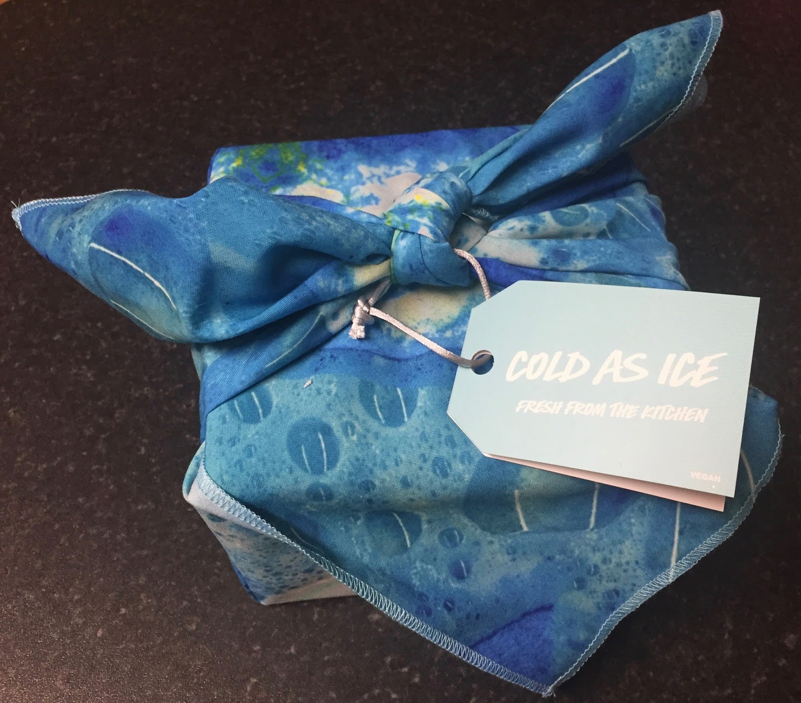 All Things Lush UK: Cold As Ice Gift Set