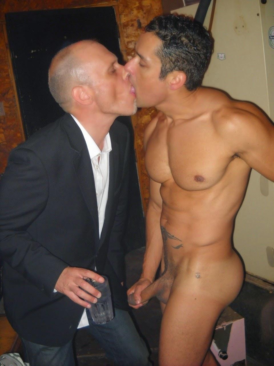 Videos Of Gays Kissing