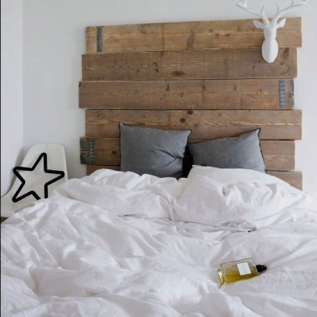 Testata letto legno grezzo kwckranen - Letto in legno grezzo ...