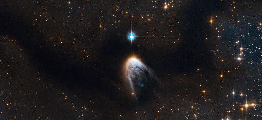 Звезда IRAS 14568–6304 и молекулярное облако Циркуль
