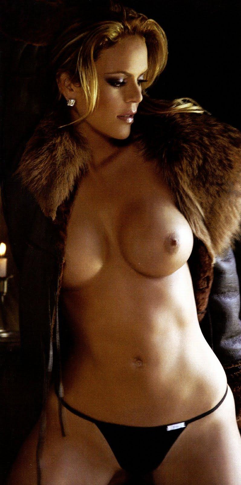 Aline Hernandez Desnuda