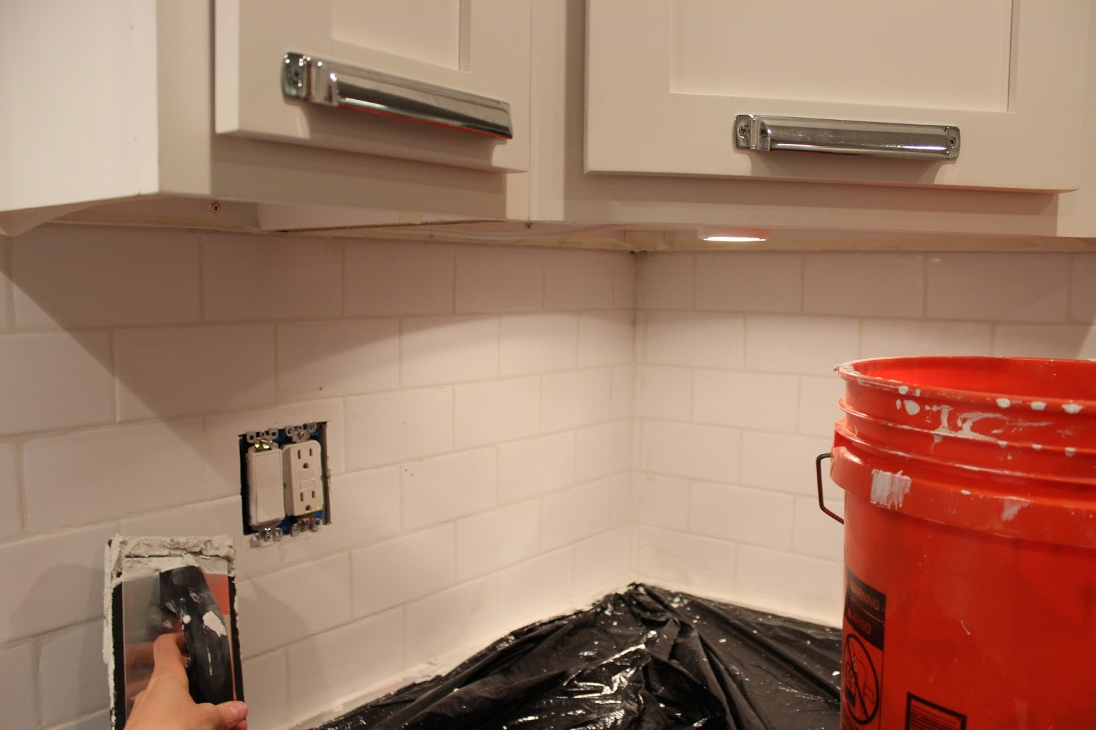 Easy diy subway tile backsplash tutorial dream book design caulk and you are finished dailygadgetfo Image collections