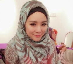 Felixia-Yeap-peluk-islam