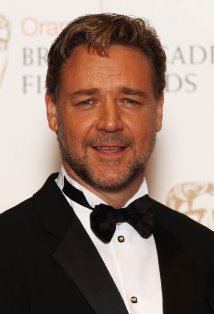 Russell Crowe had to get his truck pulled out of a dam after the brakes failed