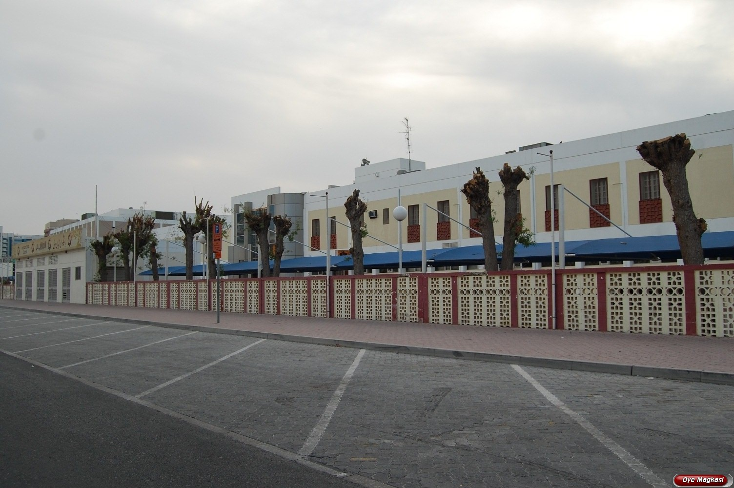 IRANIAN CLUB, OUD METHA ROAD, DUBAI, UNITED ARAB EMIRATES ...
