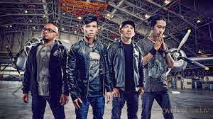 Lirik Lagu Dan Kuci Gitar September by Ruka Band