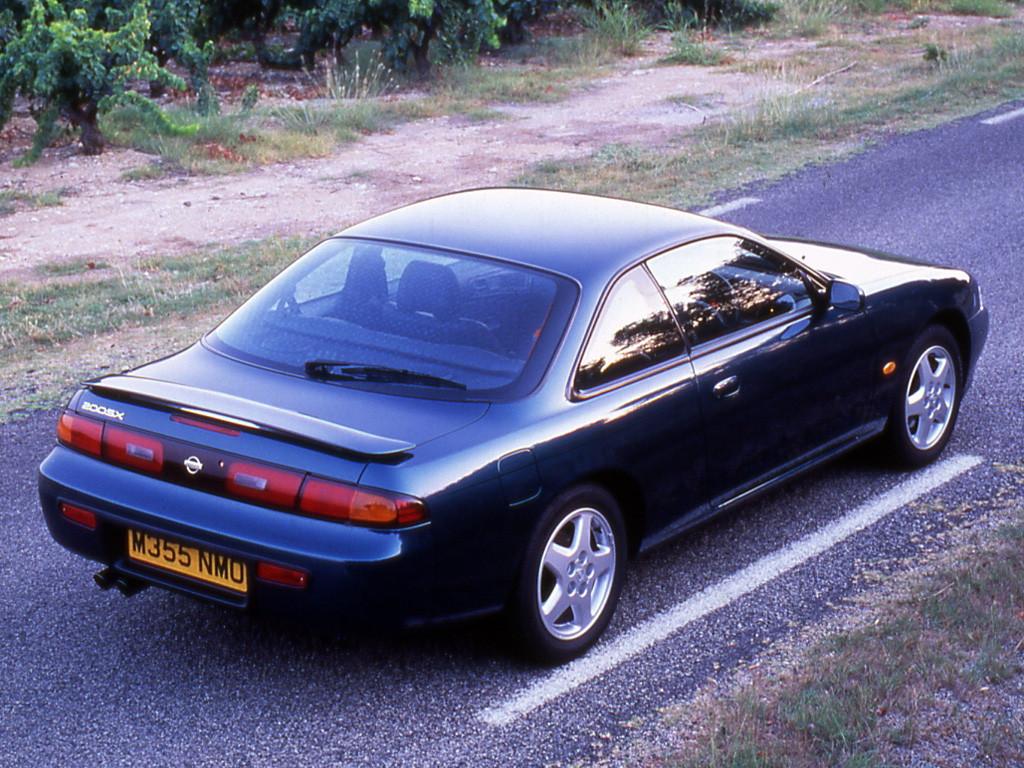 Nissan 200SX S14, znane sportowe samochody, popularne, cenione, kultowe auta, JDM, zdjęcia