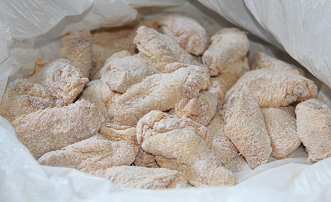 """Острые куриные крылышки """"Баффало"""" (Buffalo Wings)   http://www.horoshayaeda.com/"""