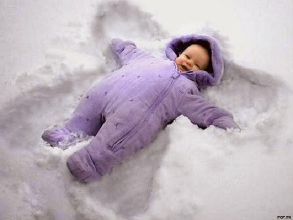 Photo bébé dans la neige